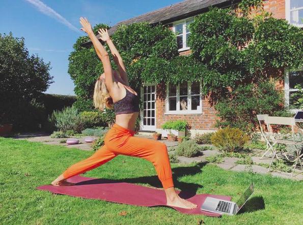 yoga pants kat farrants