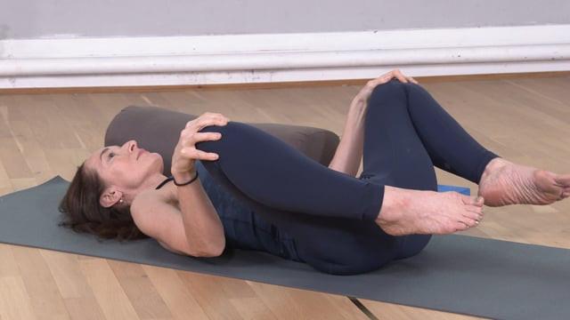 Menopause Yoga: Befriending Your Body