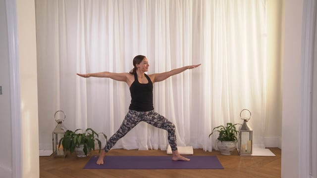 Energising Yoga for Gut Health: Support Digestion