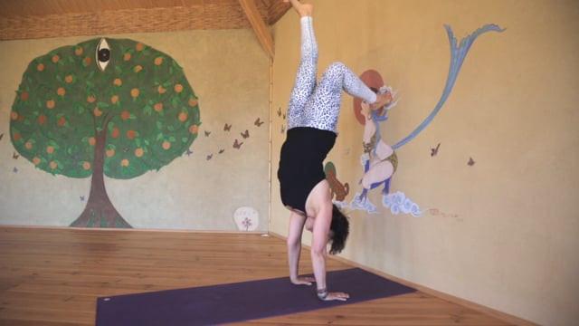 Handstand Tutorial for Beginners