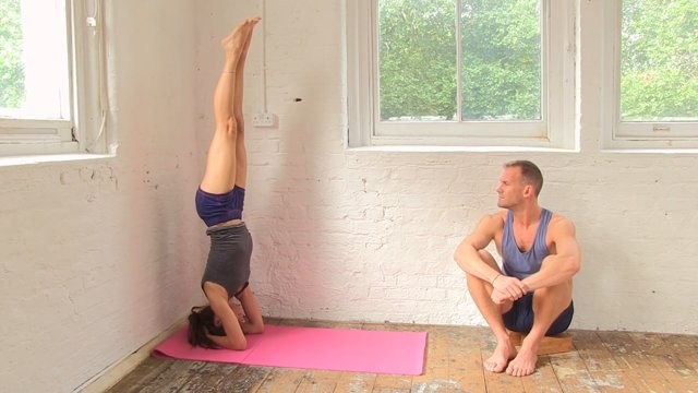 Headstand Part 1 - Pose Demonstration