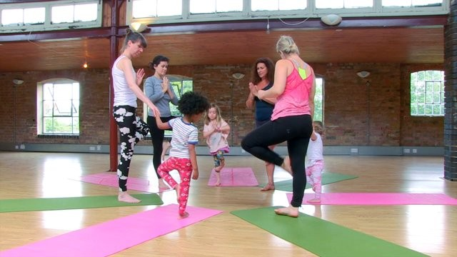 Yoga For Kids 2-5: Alltogether