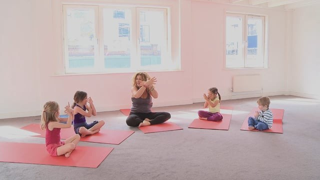 Yoga for 3-6 year olds: I Love Me